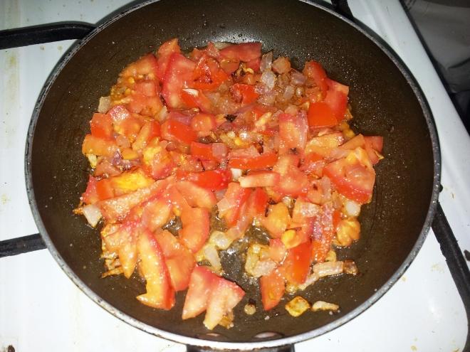 Red Tomato Relish