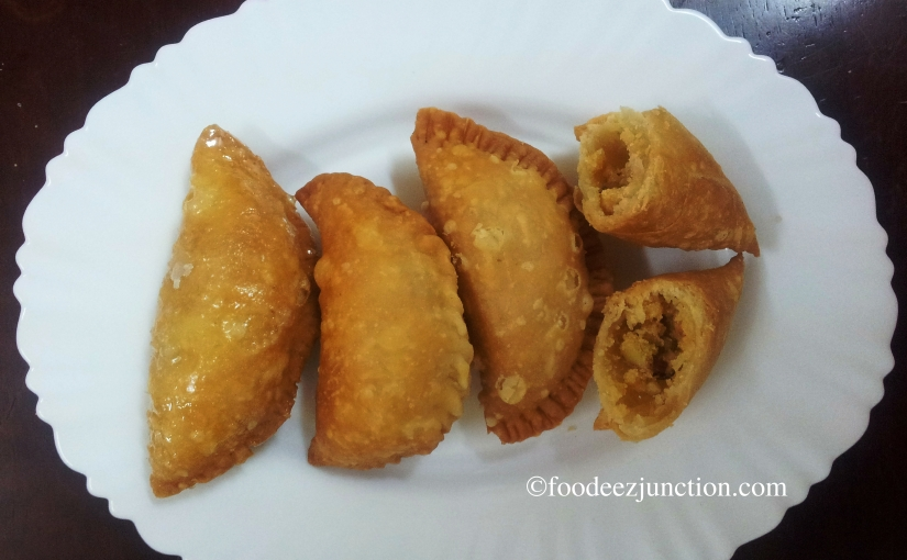 Holi Recipe: How to Make Gujia atHome
