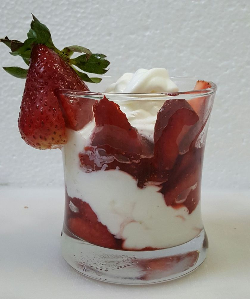 Caramalised Strawberry with Cream Recipe