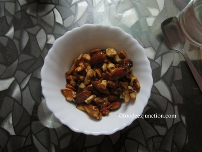 Honey-Glazed Roasted Nuts