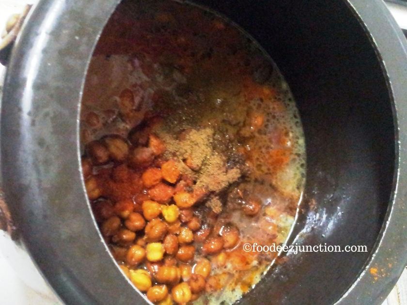 Cooking Chatpata Kala Chana