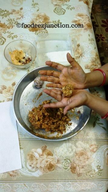 khajur-laddu (4)