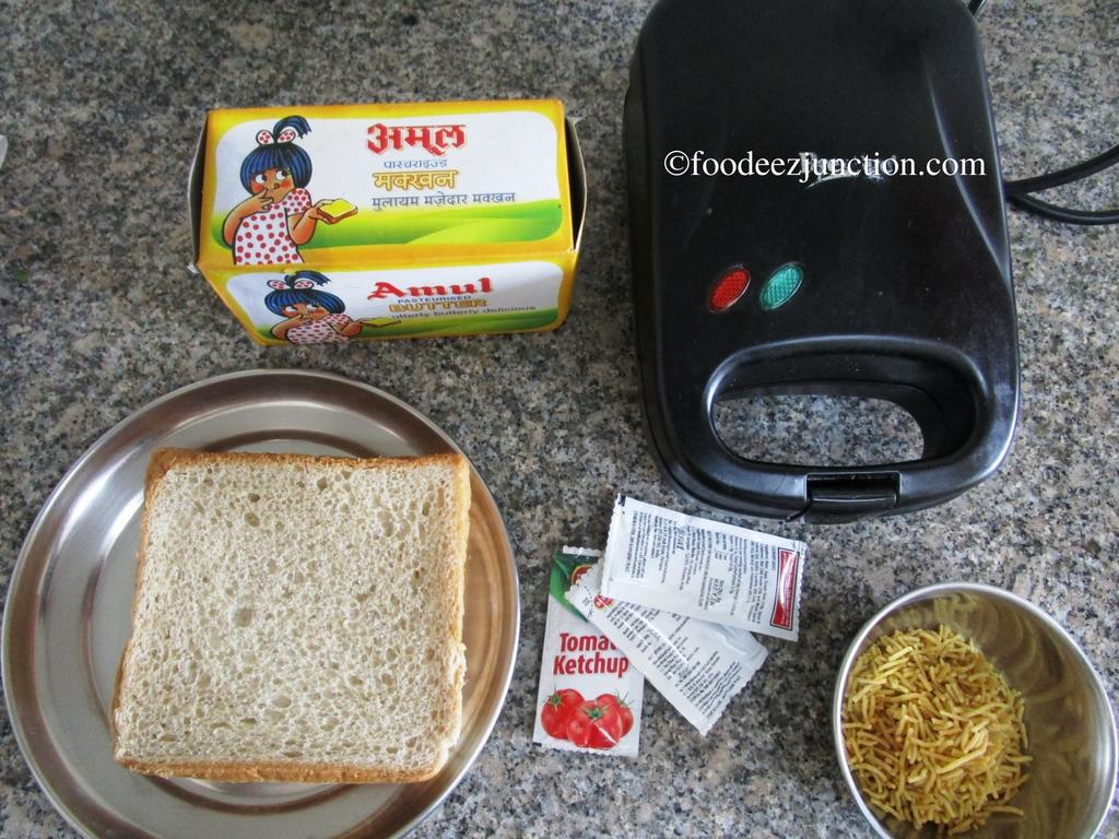 Aloo Bhujia Sandwich Ingredients