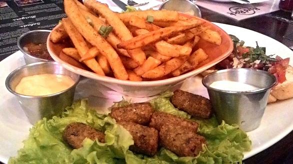 Hard Rock Cafe Carnival Vegetarian Platter