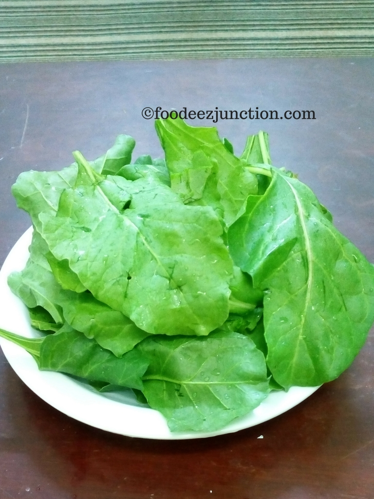 Fresh Spinach foodeezjunction.com