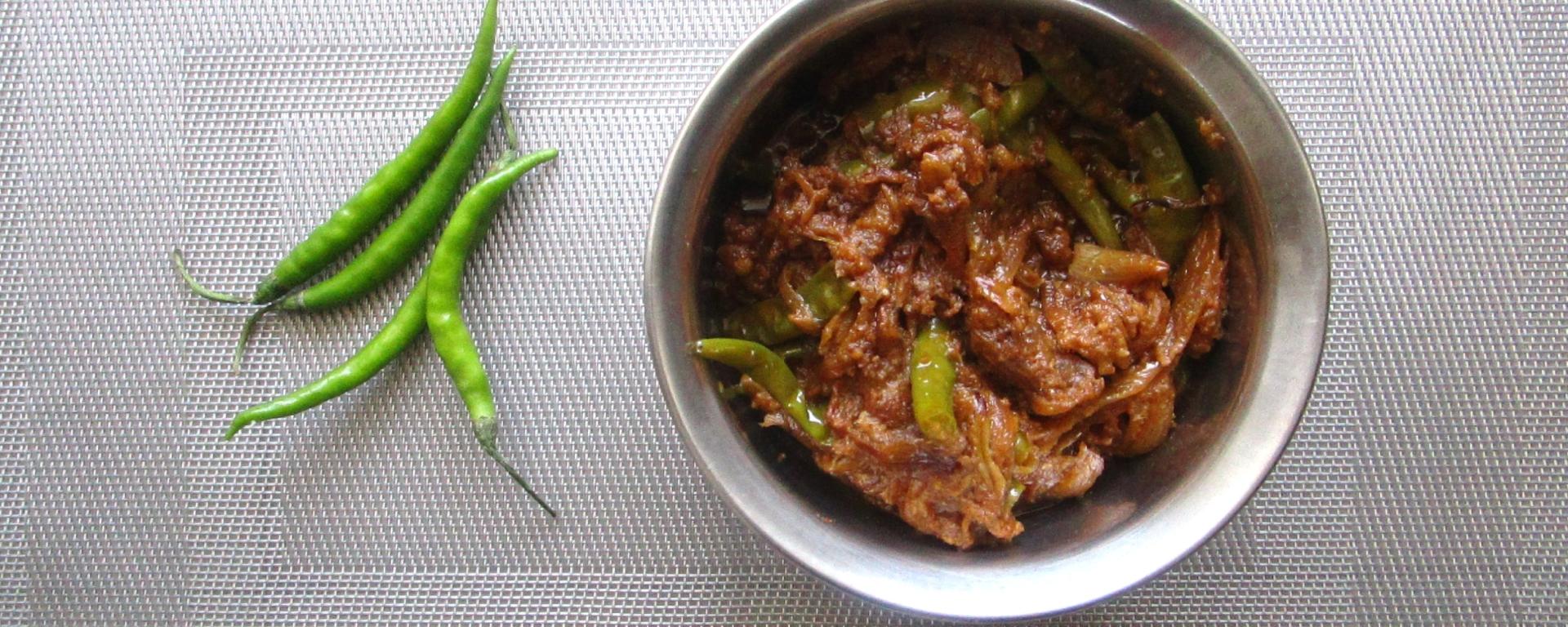 Hari Mirch ki Sabzi foodeezjunction.com