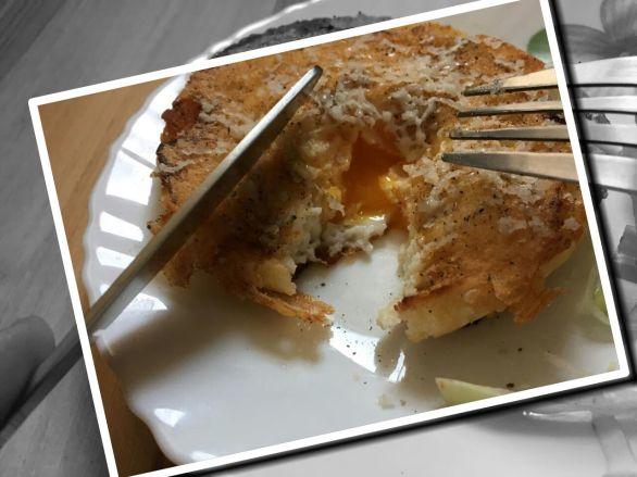 Egg in a Bun recipe foodeezjunction.com