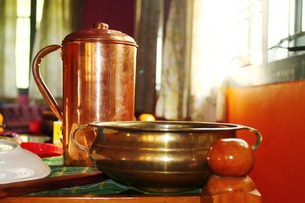 10 Health Benefits of Drinking Water in Copper Utensils Foodeez Junction